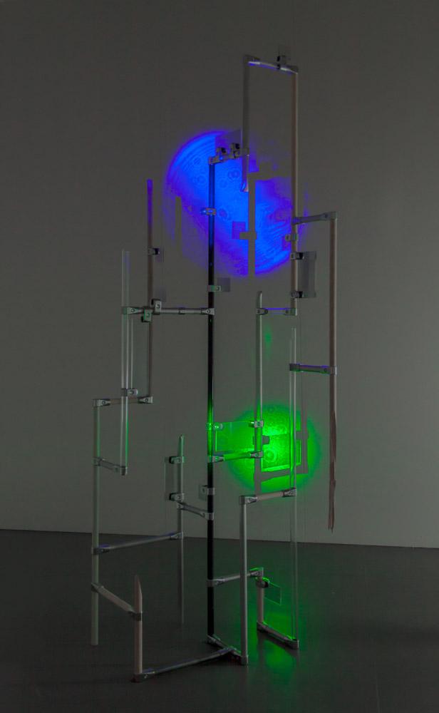 MoleculeTower02-1296b_1